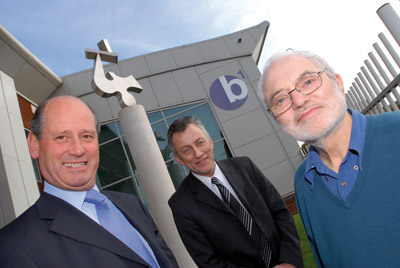 Barberry  Jewellery Quarter sculpture at the B1 office development.L to R  John Bellfield, Director, Barberry,  Andy Munro, Operations Director, Jewellery             Quarter Regeneration Partnership, Harry Seager, Sculptor.