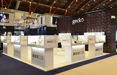 Jewelry Exhibition Stand Design : Wb the creative jewellery group makes a stand u2013 the hockley flyer