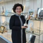 Anchorcert Gem Lab Gemmologist, Fanny Raponi, receives the Doug Morgan Trophy